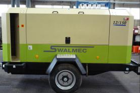 Emplacement Compresseur d'air mobile 12/150 INGERSOLL RAND conçu pour les applications de construction, d'extraction de carrière et de l'industrie en général