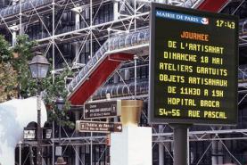 Emplacement Panneaux alphanumériques - Ecrans de signalisation routière - Informations sur la circulation - Affichage pour villes, communes et villages