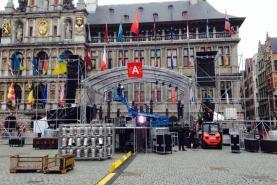 Emplacement Tours de podiums - structures de scènes pour matériels audiovisuels, photographiques et vidéos