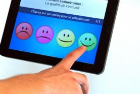 Emplacement Borne de satisfaction interactive et autonome - Enquête commerciale