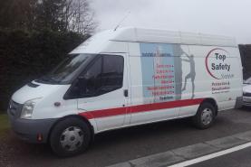 Emplacement Camionnette avec chauffeur - Véhicule de transport 12m³ - Déménagement