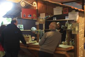 Emplacement Stands - Chalets en bois imitation pierre pour vos événements en extérieur - Pas disponibles fin novembre et décembre