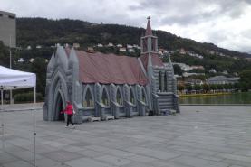 Locatie Inflatable church