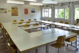 Emplacement Container - Conteneur - Salle de classe provisoire - Salle de réunion - Espace de repos pour ouvriers sur chantier