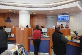 Emplacement Système de gestion de FILE D'ATTENTE avec distributeur de tickets numérotés - borne ou imprimante et écran TV pour votre SOCIÉTÉ DE LOGEMENTS SOCIAUX