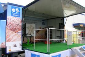 Emplacement Véhicule événementiel - Podium - Espace d'accueil promotionnel - Espace événement personnalisable