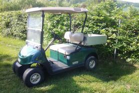 Emplacement Véhicules électriques avec bac - voiturettes pour transports de marchandises