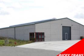 Emplacement Espace de stockage - garde meubles - entrepôt - boxes et containers individuels