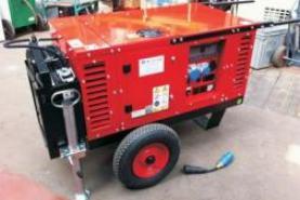 Emplacement Groupe électrogène - Générateur super-insonorisé silencieux EPS 100   10 kVA 35 amp 220/1