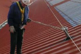 Emplacement Lignes de vie - câbles de sécurité - systèmes anti-chutes - garde-corps - protection travail en hauteur