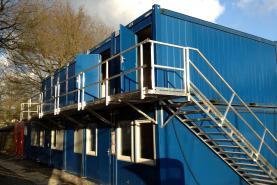 Emplacement Ensemble modulaire de bureaux sous forme de containers ou conteneurs - Bungalows