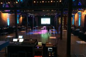 Emplacement Matériel technique audio - vidéo pour événement