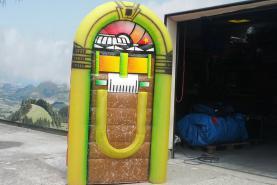 Emplacement Juke-box gonflable - Décoration gonflable géante - Mobilier et accessoires gonflants sur mesure pour événements
