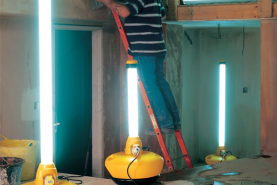 Emplacement Lampes fluorescentes - petit matériel de lumière