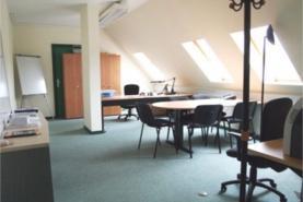 Emplacement 3 Bureaux-salles-espaces de travail entièrement équipés à louer séparément ou ensemble