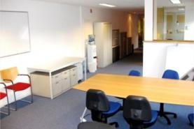 Emplacement 4 Bureaux-salles-espaces de travail entièrement équipés à louer séparément ou ensemble au coeur de Louvain-la-Neuve