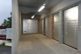 Emplacement Surface - bureaux - box - locaux de stockage Waremme