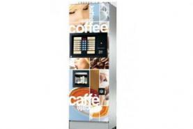 Emplacement Distributeur de boissons chaudes: Distributeur / machine à café