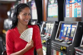 Emplacement Machines à sous - Jeux de casino, foire - Jeux d'argent - Animations - Divertissements
