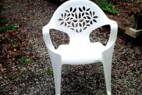 Emplacement mobilier de jardin table et chaises pour for Location mobilier exterieur