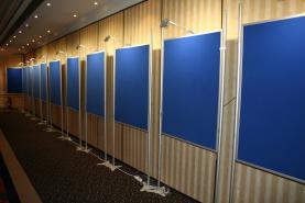 Emplacement Panneaux d'affichages - Podiums - Pupitres - Stands