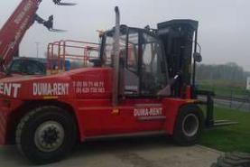 Emplacement Chariots de gros tonnage pour manutention de marchandises - Déplacement, chargement, rangement - Machine pour entrepôts
