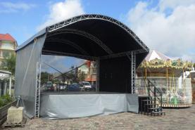 Emplacement Scène et podium - Arc Roof 7m x 6 m - prix montage démontage inclus