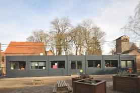 Emplacement Containers modulaires pour écoles - Salles de cours, réfectoires, bureaux - Bungalows - Modules