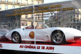 Emplacement Showroom mobile - Remorque d'exposition avec compartiment vitré pour véhicules,mobilier,statues,...