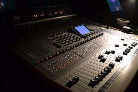 Emplacement Matériel de sonorisation - Musique - Enceintes - Table de mixage