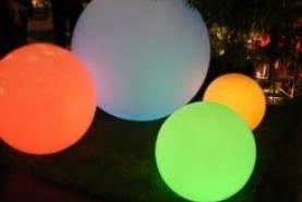 Emplacement Sphere lumineuse en location pour vos événements, foires, salons, réceptions...