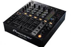Emplacement Table de mixage PIONEER DJM700 pour sonorisation DJ
