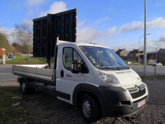 Location Remorque publicitaire écran LED - sur camion