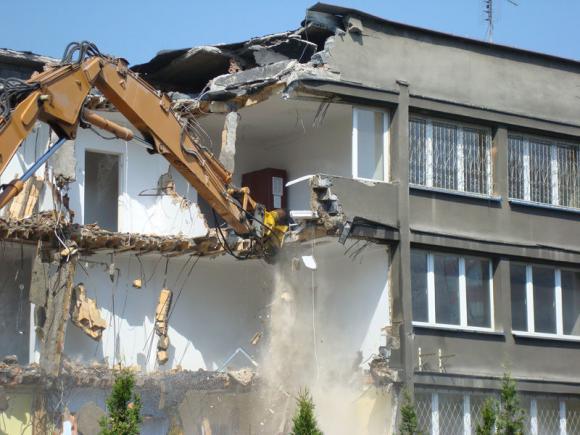 Location Location de pelles de 8 à 26 T et de matériel de destruction pour chantier, particulier ou administration à Marche-en-Famenne - Avec opérateur - Démolition extérieure et intérieure