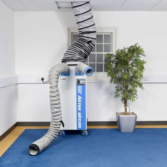 Location Climatiseur professionnel - air conditionné - airco  pour un volume inférieur à 200m3 pour chapiteau, local informatique, chaine production, salle réception
