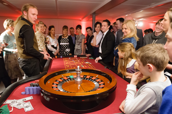 Location Table de casino avec croupier  - American roulette