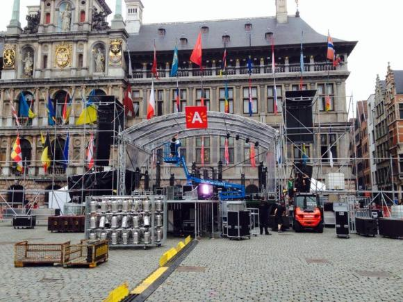 Location Tours de podiums - structures de scènes pour matériels audiovisuels, photographiques et vidéos