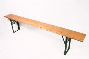location banc table brasseur mobilier louer sur rentiteasy. Black Bedroom Furniture Sets. Home Design Ideas