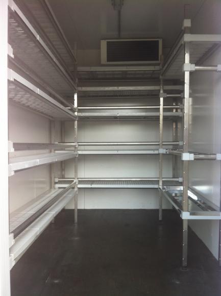 location remorque frigorifique chambre froide mobile louer sur rentiteasy. Black Bedroom Furniture Sets. Home Design Ideas