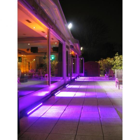 Location eclairage led louer sur rentiteasy for Location eclairage exterieur