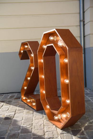 Location Lettres lumineuses - décoration personnalisée - éclairage led