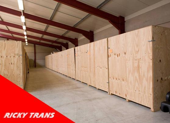 Location Garde meubles - espace de stockage - containers - espaces de rangement Namur