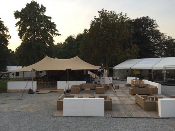 location terrasse pour v nement ext rieure tente organic tente stretch pagode chapiteau. Black Bedroom Furniture Sets. Home Design Ideas