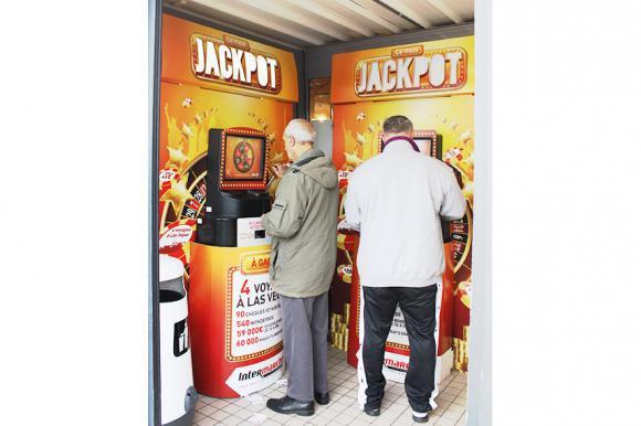 Location Borne de jeu interactive - Borne écran JACKPOT