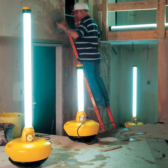 Location Lampes fluorescentes - petit matériel de lumière