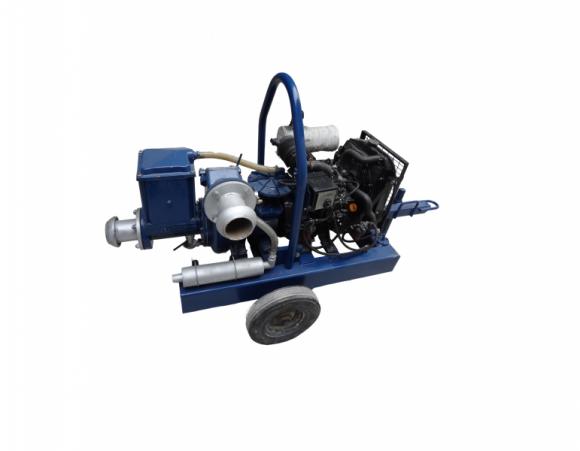Location Pompe auto-amorçante à moteur thermique Diesel SELWOOD D100-2TNE68