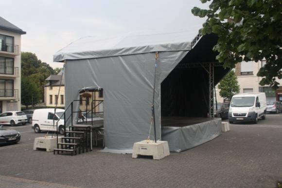 Location Scène et podium - Arc Roof 7m x 6 m - prix montage démontage inclus